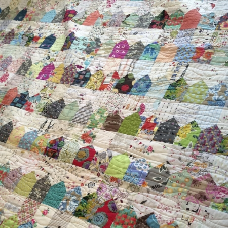 Houses-Quilt,-a-One-Patch-quilt